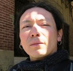 André González_ Perfil Casi literal