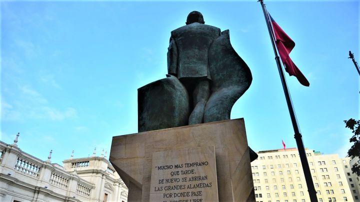El-dia-en-que-Pinochet-salvo-a-Allende-de-un-golpe-de-Estado_-Casi-literal.jpg