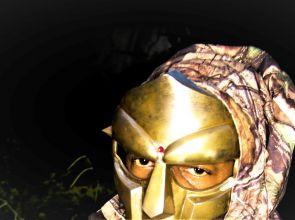 Cuando MF DOOM se puso la máscara