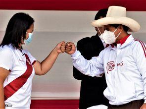 Perú: atrapado entre dos extremos