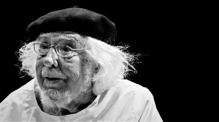 Seis-documentales-de-cine-y-televisión-sobre-Ernesto-Cardenal-foto-de-Jorge-Mejía-Peralta_-Casi-literal.jpg