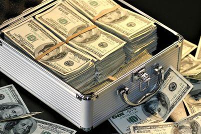 al-cc3a9sar-lo-que-es-del-cc3a9sar-y-a-cash-lo-que-es-de-cash_-casi-literal.jpg