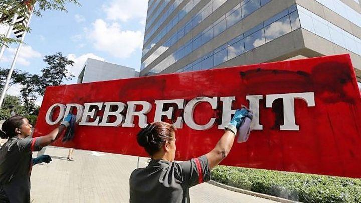 odebrecht-en-siete-lecciones_-foto-de-jeso-carneiro-casi-literal.jpg