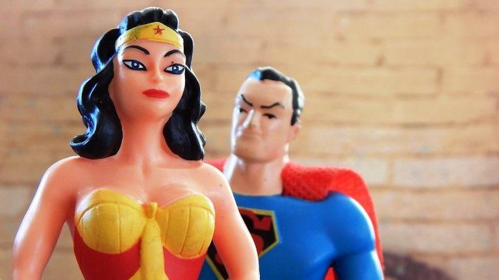 princesas-y-superhc3a9roes-que-marcan-estereotipos_-casi-literal.jpg