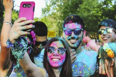 una-selfie_-sonrc3ada-no-muera_casi-literal.jpg